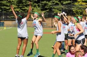 juniors cheering after touchdown1