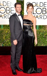 rs_634x1024-150111161853-634.Adam-Levine-Behati-Golden-Globes-Red-Carpet-011115