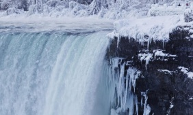Niagara Falls in Canada is 85% frozen because of extremely temperatures this winter.  Photo Credit: The Guardian