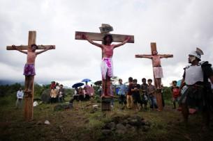 Indonesian+Catholics+Celebrate+Easter+TDVAoqlUmxhl